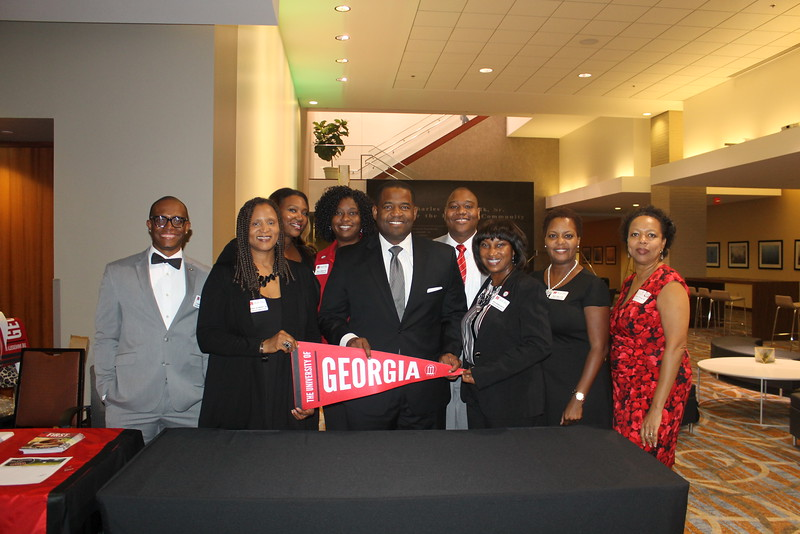 Black Alumni Leadership Council and Ceasar Mitchell (JD '95) recruiting talented students!