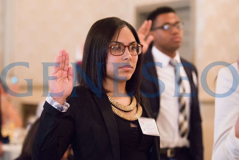 Savanna Sanchez takes the oath of enlistment // 856-295-3911 // savannasanchez98@gmail.com