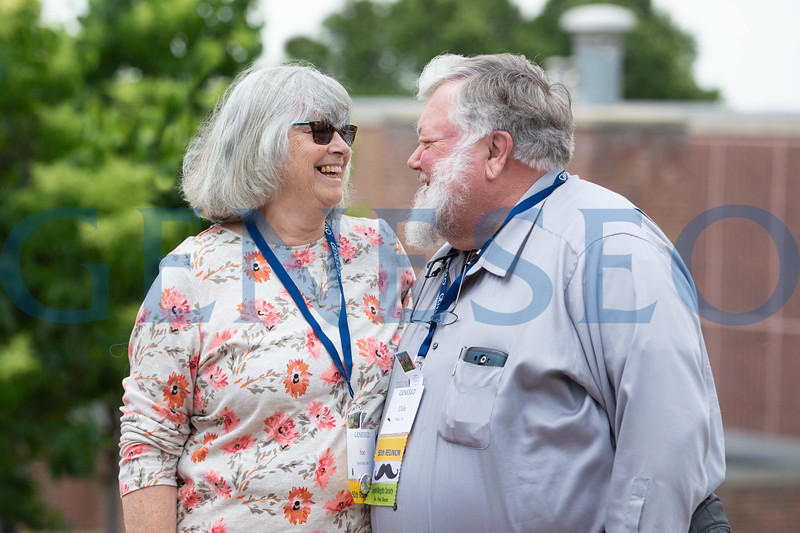 Sue Spas Metz '68 and her Husband, Dale Metz '68 celebrating their 50th wedding anniversary and 50 years of being genes alums at summer reunion 2018