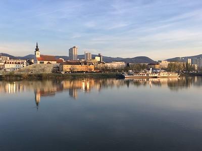 Ama Linz and Salzburg