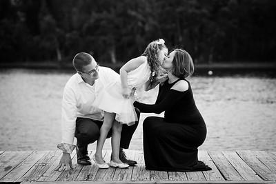 Amanda and Andrew Family Shoot | Tree Tops Park