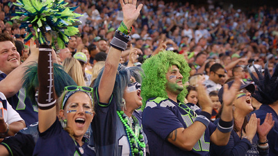 081713+SeahawksBroncos+Side+(104)