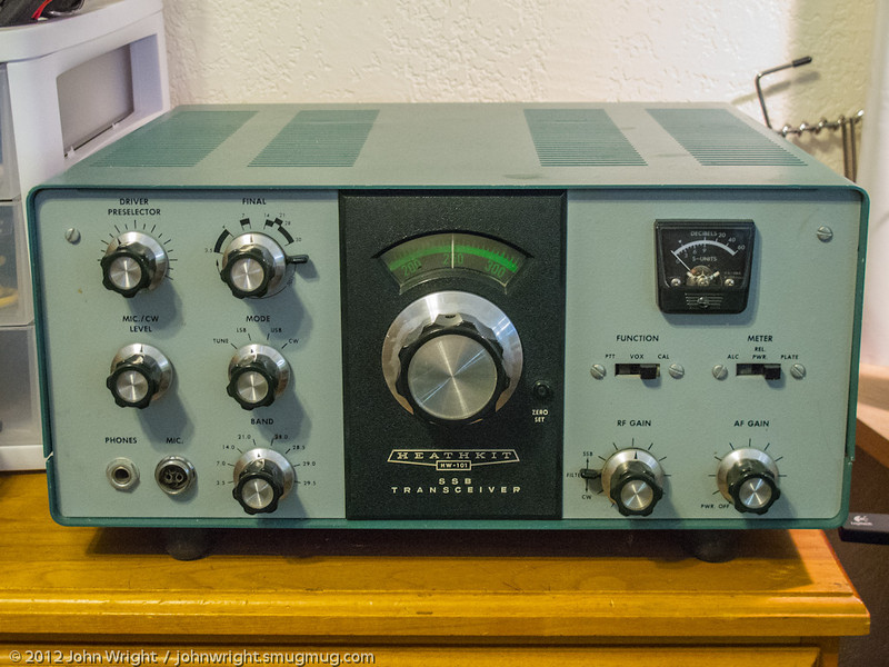 Very nice Heathkit HW-101.  Thanks, Dave Goodwin...