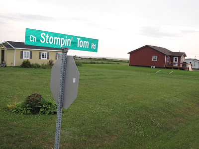 Stompin Tom Country