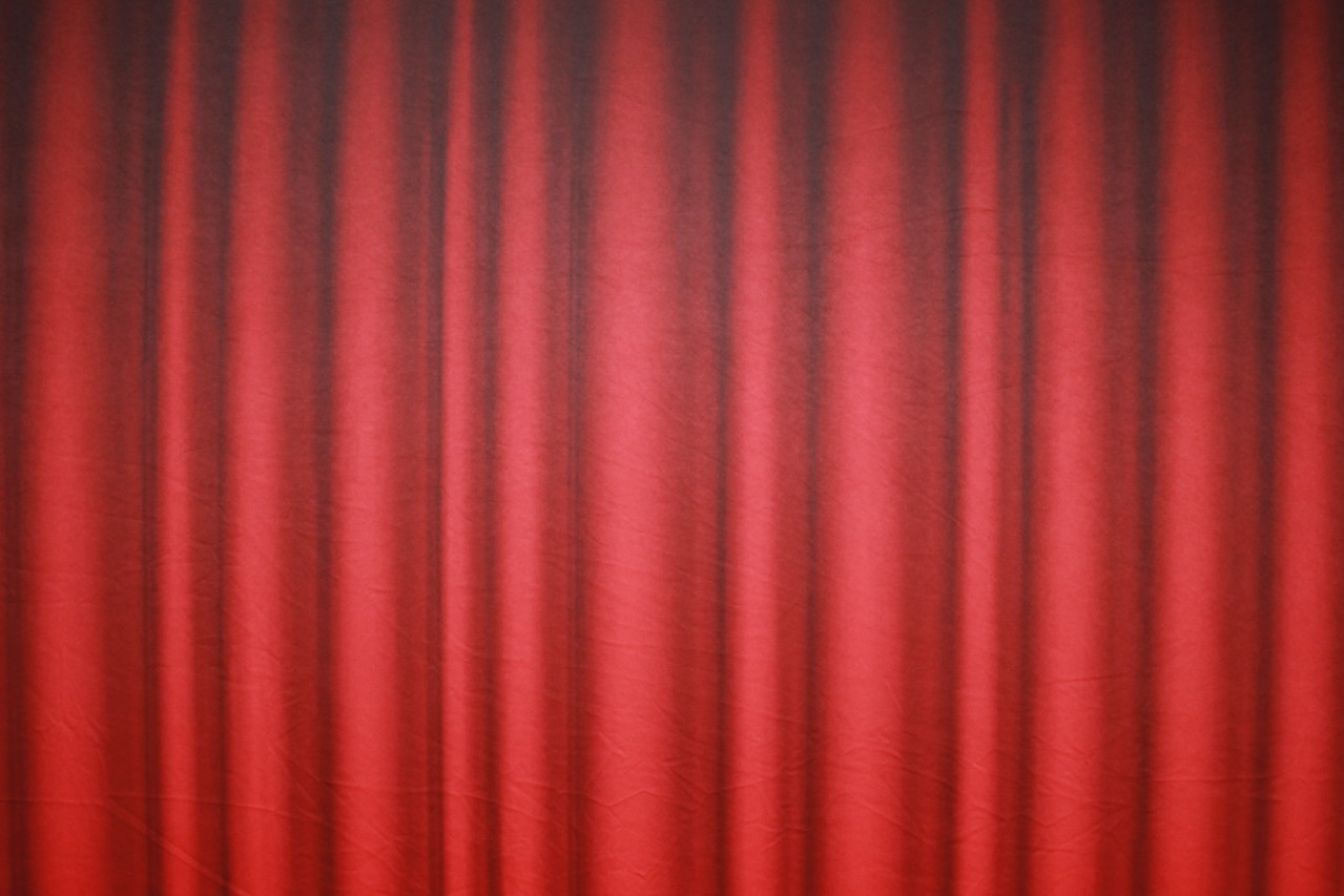 Red curtain backdrop (Backdrop is 10 ft wide)