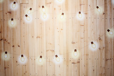 Light wood w/ string light (9 ft wide)