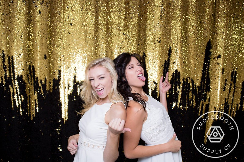 Vegas mermaid - double sided sequin (gold and black)<br /> Easily create any message or image you wish on the backdrop with just the touch of your finger