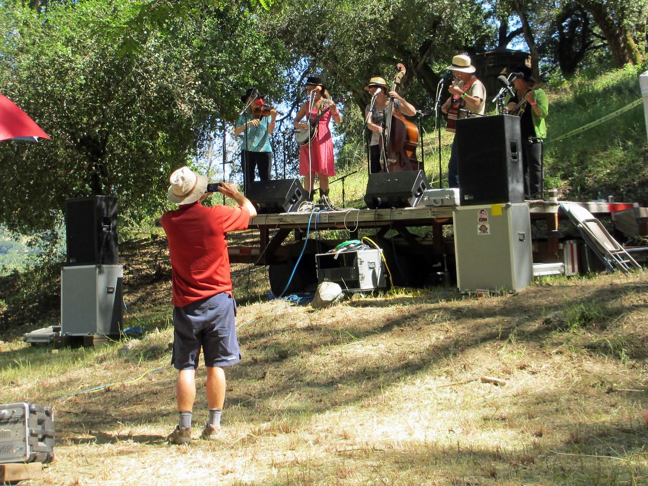 Gilroy Hot Springs Music 2012 015