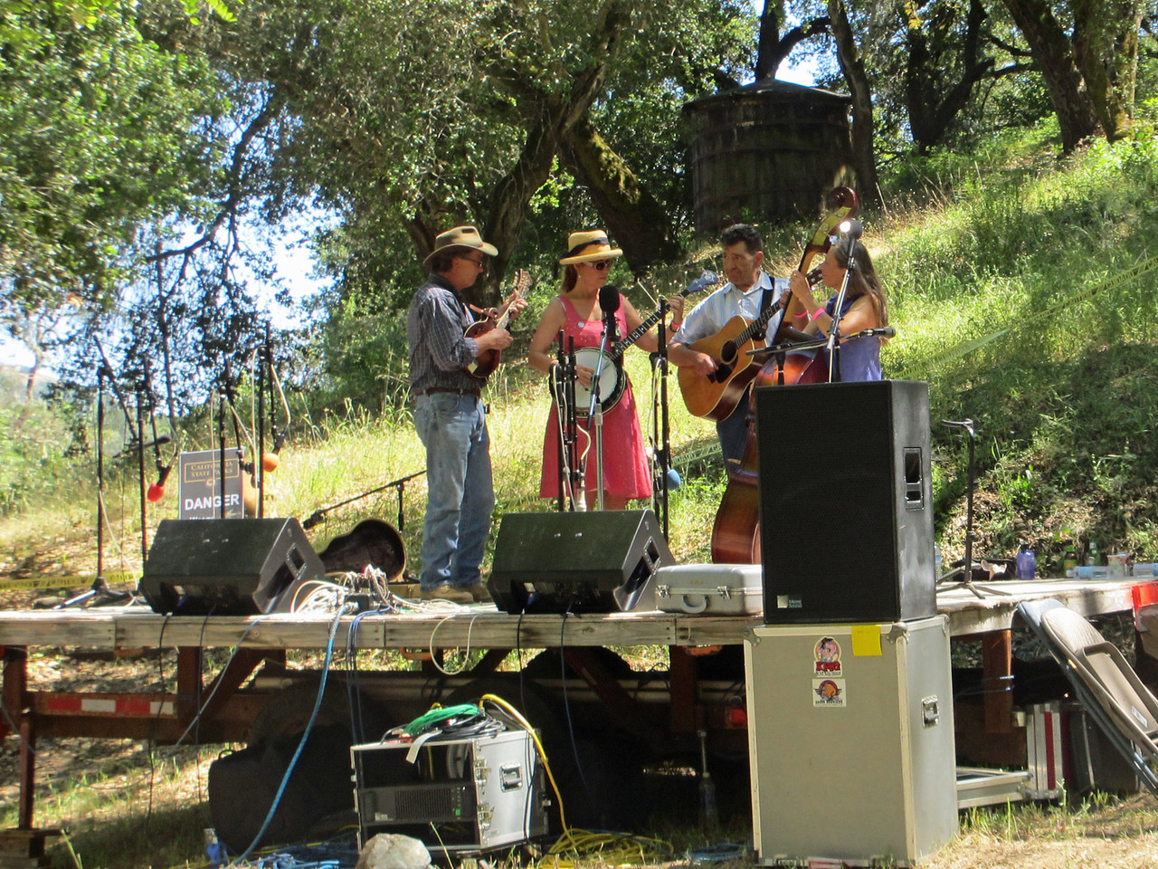 Gilroy Hot Springs Music 2012 012