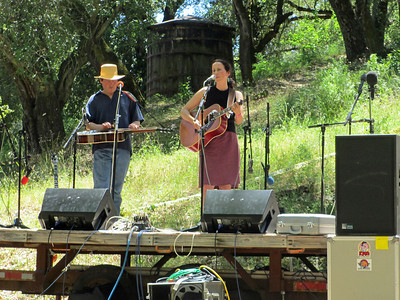 Gilroy Hot Springs Music 2012 006