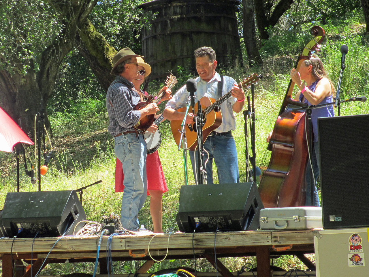 Gilroy Hot Springs Music 2012 009