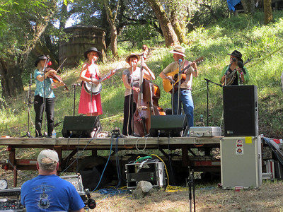 Gilroy Hot Springs Music 2012 017