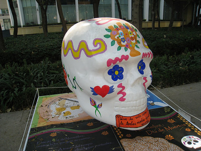 MexicoSkulls on Paseo de Reforma 21