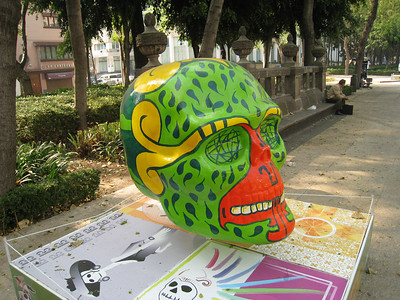 MexicoSkulls on Paseo de Reforma 17