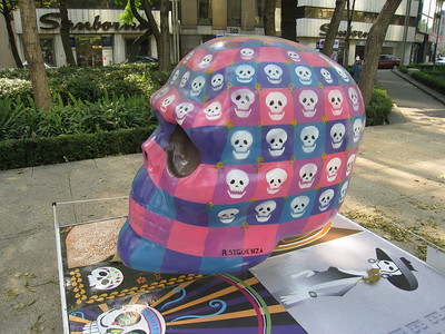 MexicoSkulls on Paseo de Reforma 28