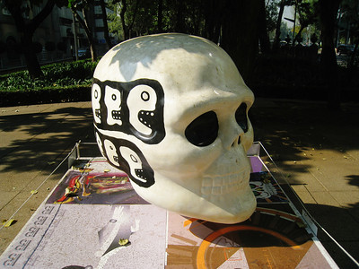 MexicoSkulls on Paseo de Reforma 25