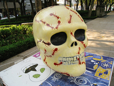 MexicoSkulls on Paseo de Reforma 4
