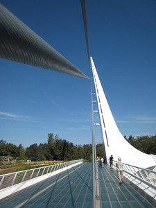 Sundial Bridge 09:20:07 6