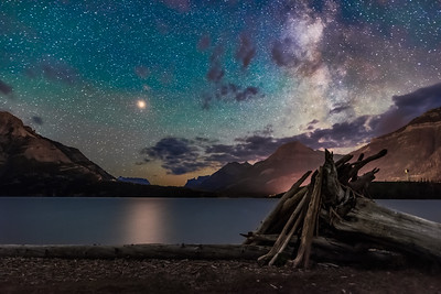 Mars over Middle Waterton Lake