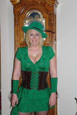 2009 Amber is Robin Hood Halloween