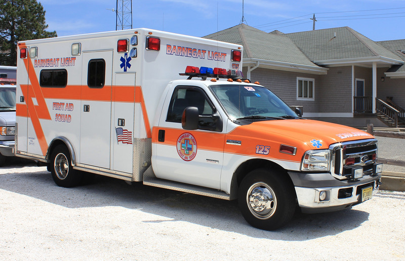 Barnegat Light, NJ First Aid Squad 125 Ford E350 (ps)