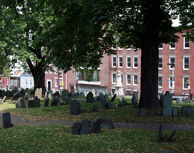 In order to make sure that the colonies had yet another reminder of English power, King James II ordered that an Anglican place of worship be constructed. None of the Boston landowners, however, were in a selling mood. Annoyed with their stubbornness, the King ordered the colony governor to appropriate land from the existing cemetery and build a church whether the Americans wanted it or not. The burial grounds at King's Chapel are the oldest in the city.