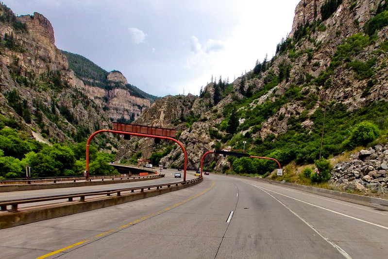 Driving throught the Canyons