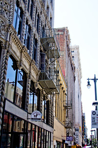 A Walk around downtown Los Angeles Photograph 8