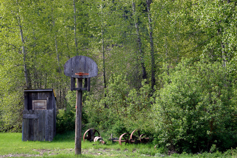Remains of sporting activity in Liberty, the oldest mining town in Washington. Only the hoop has been replaced, the pole and outhouse behind it are original.