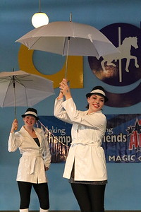 America on Stage - Lagoon - Singing in the Rain-2  5-2019