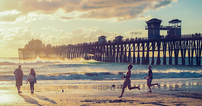 Frisbee at Oceanside