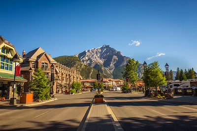 Street view of the famous Banff Avenue in Banff, Alberta