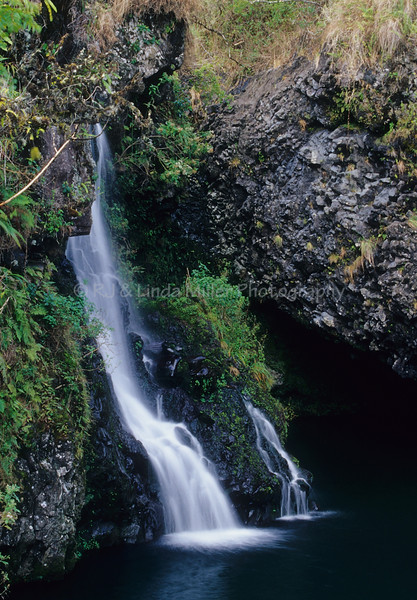 Hanawi Falls, North East Maui, Road to Hana, Maui Hawaii