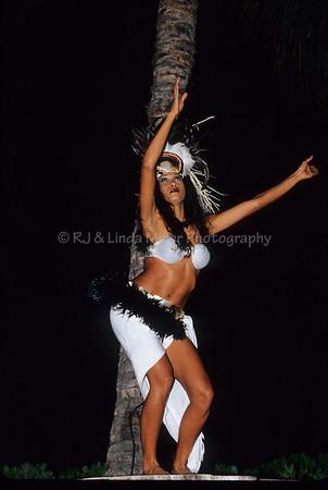 Female Dancer, Feast at LeLe, Lahaina, Maui, Hawaii