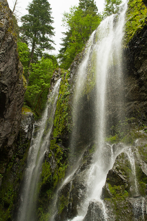 Hemline Falls, Oregon