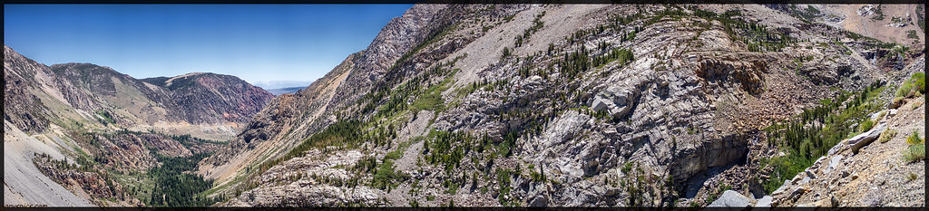 View from a vista point en-route to Tioga pass...