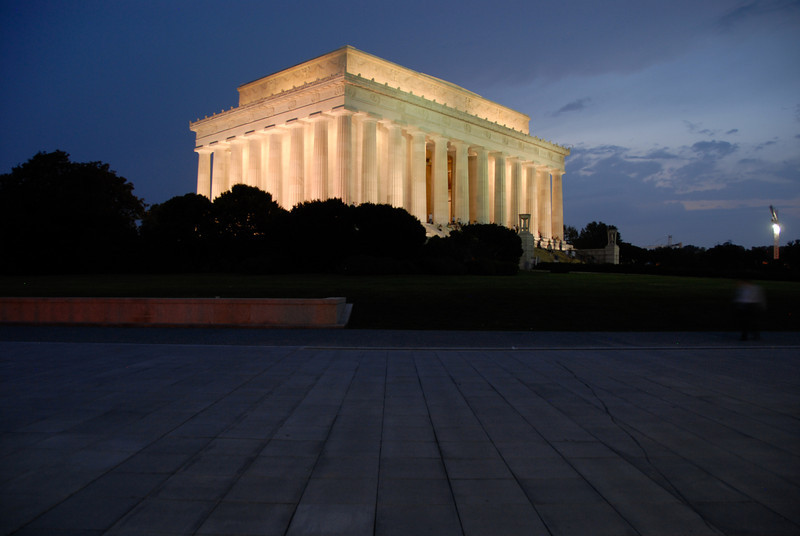 Thomas Jefferson Memorial at Night