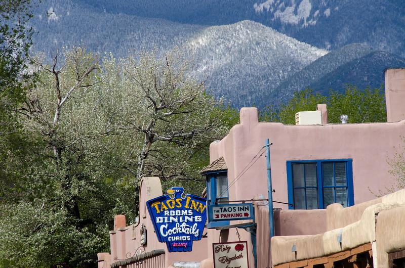 Mountain View, Taos, NM