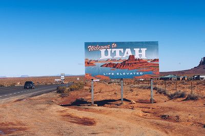 Welcome to Utah State Sign along US-163 near Monument Valley