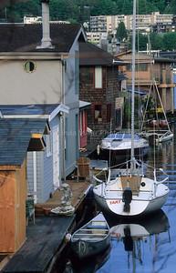 Boats & Houseboats, Waterfront of Union Lake, Seattle, Washingon