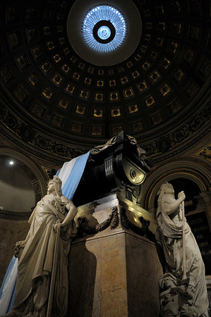 Mausoleum of General San Martín, guarded by statues representing Peru and Chile, Catedral Metropolitana, Buenos Aires