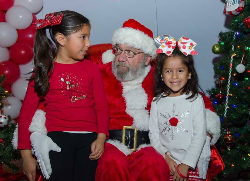 2016 AA DFW Rec Cmte Santa-4993