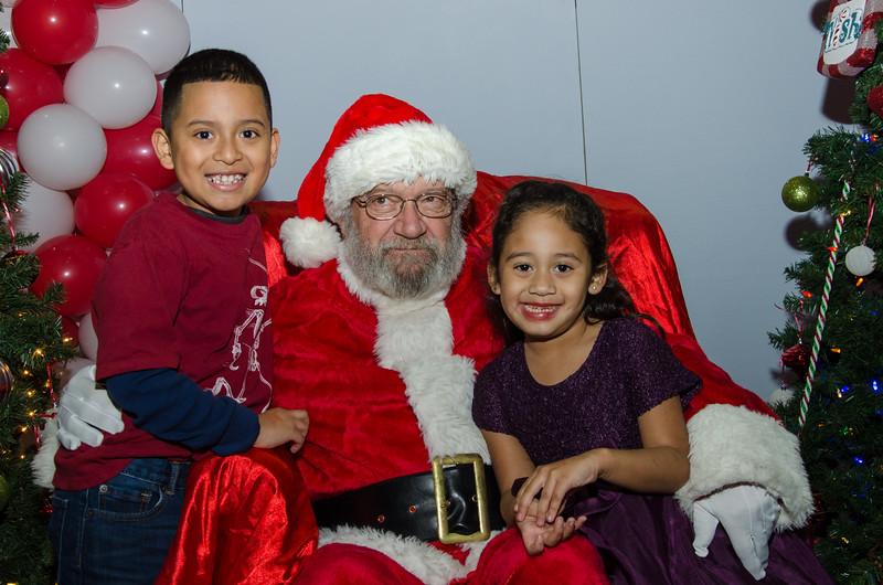 2016 AA DFW Rec Cmte Santa-4819