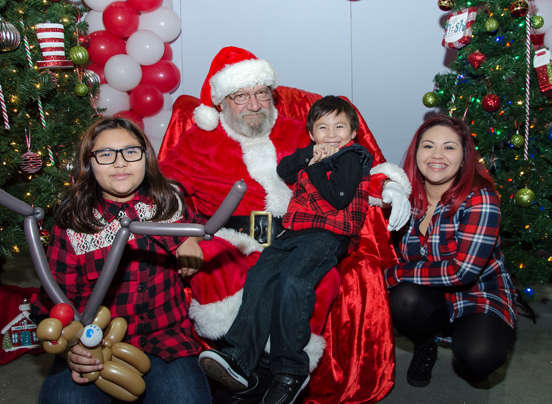 2016 AA DFW Rec Cmte Santa-5022
