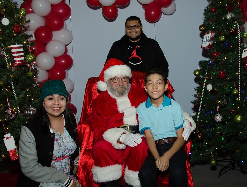 2016 AA DFW Rec Cmte Santa-4637