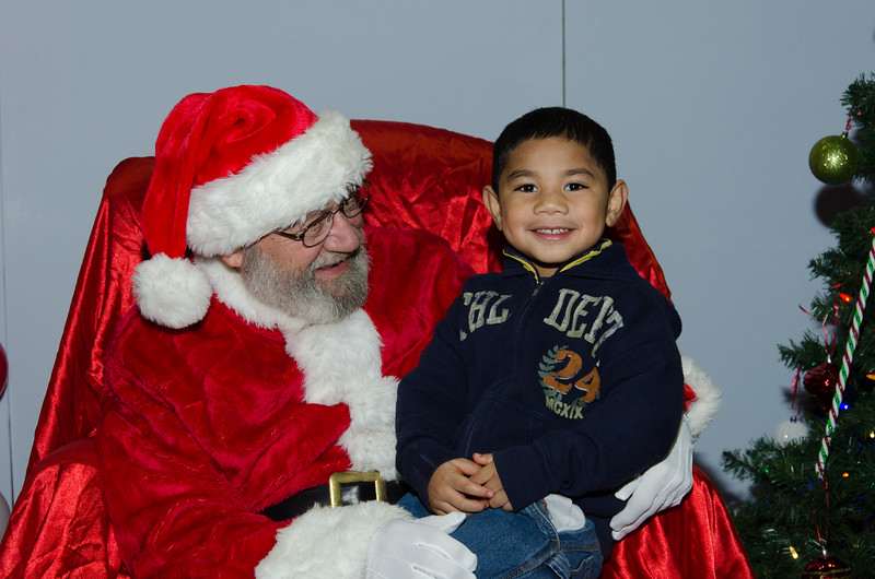 2016 AA DFW Rec Cmte Santa-4622