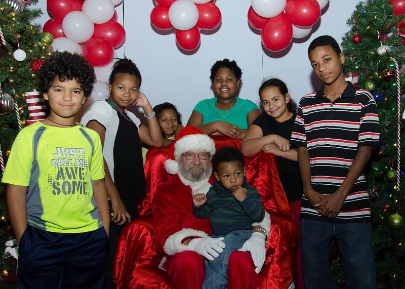 2016 AA DFW Rec Cmte Santa-4724