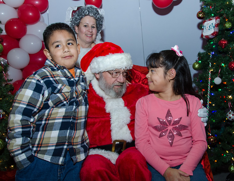 2016 AA DFW Rec Cmte Santa-4914