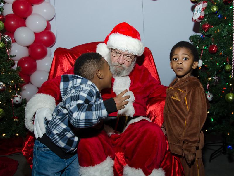 2016 AA DFW Rec Cmte Santa-4840