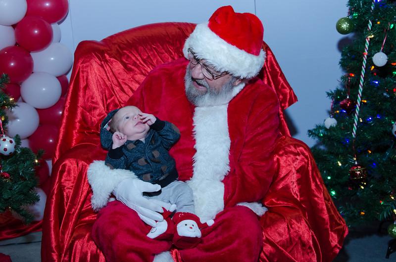 2016 AA DFW Rec Cmte Santa-5043